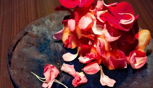 花びら散る。Virdweacの天使のシフォンケーキがフォトジェニック!