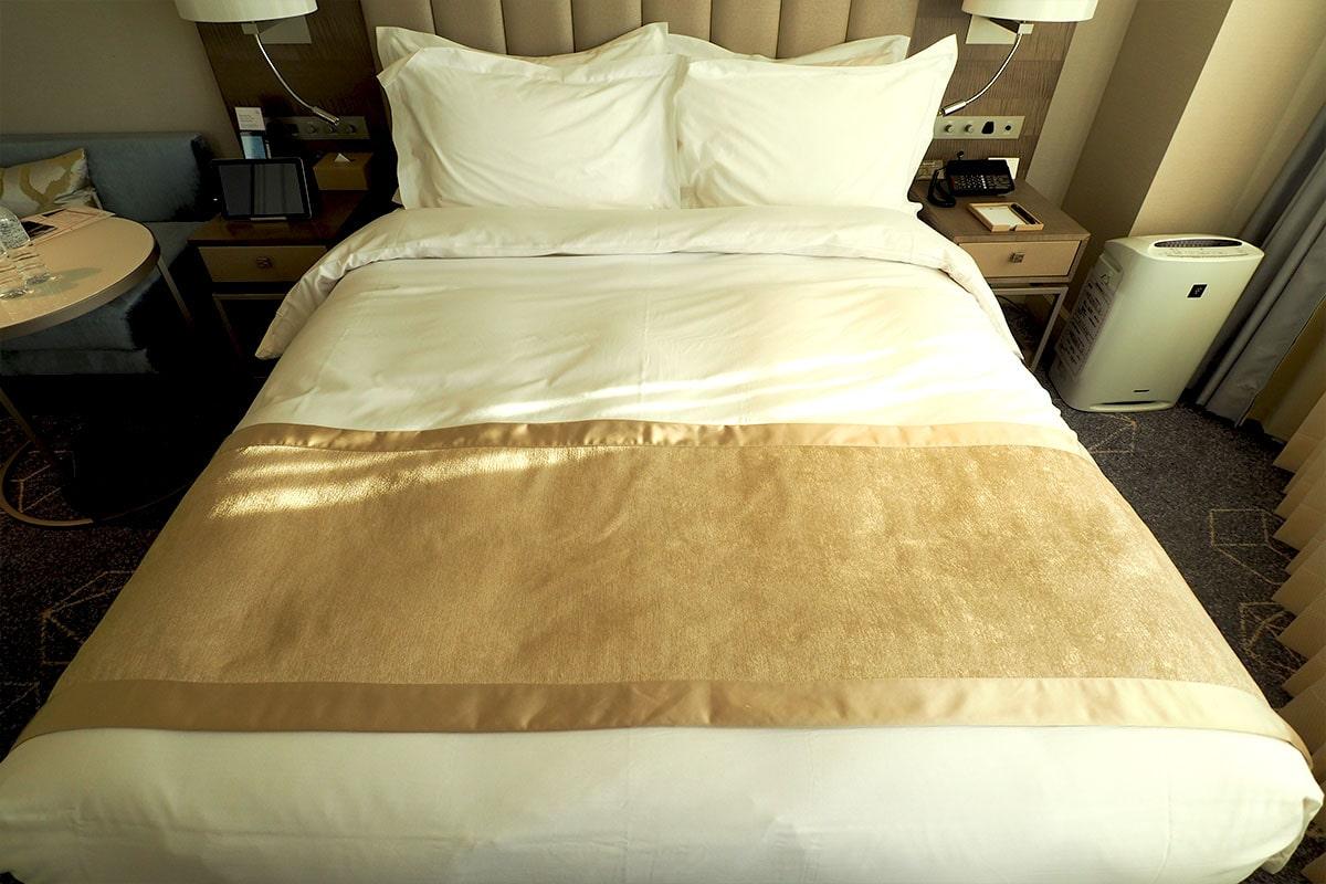 名古屋マリオットアソシアホテル 客室のベッド