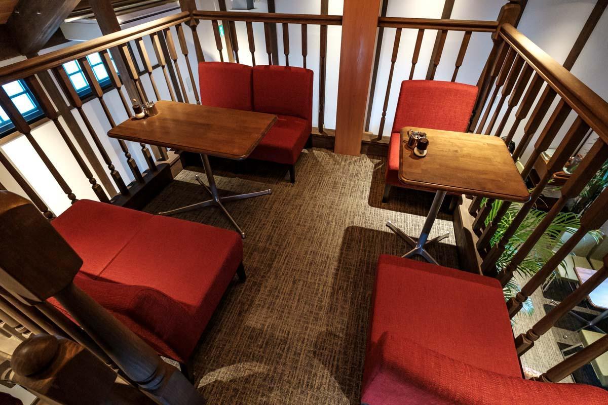 喫茶ニューポピーの3階席