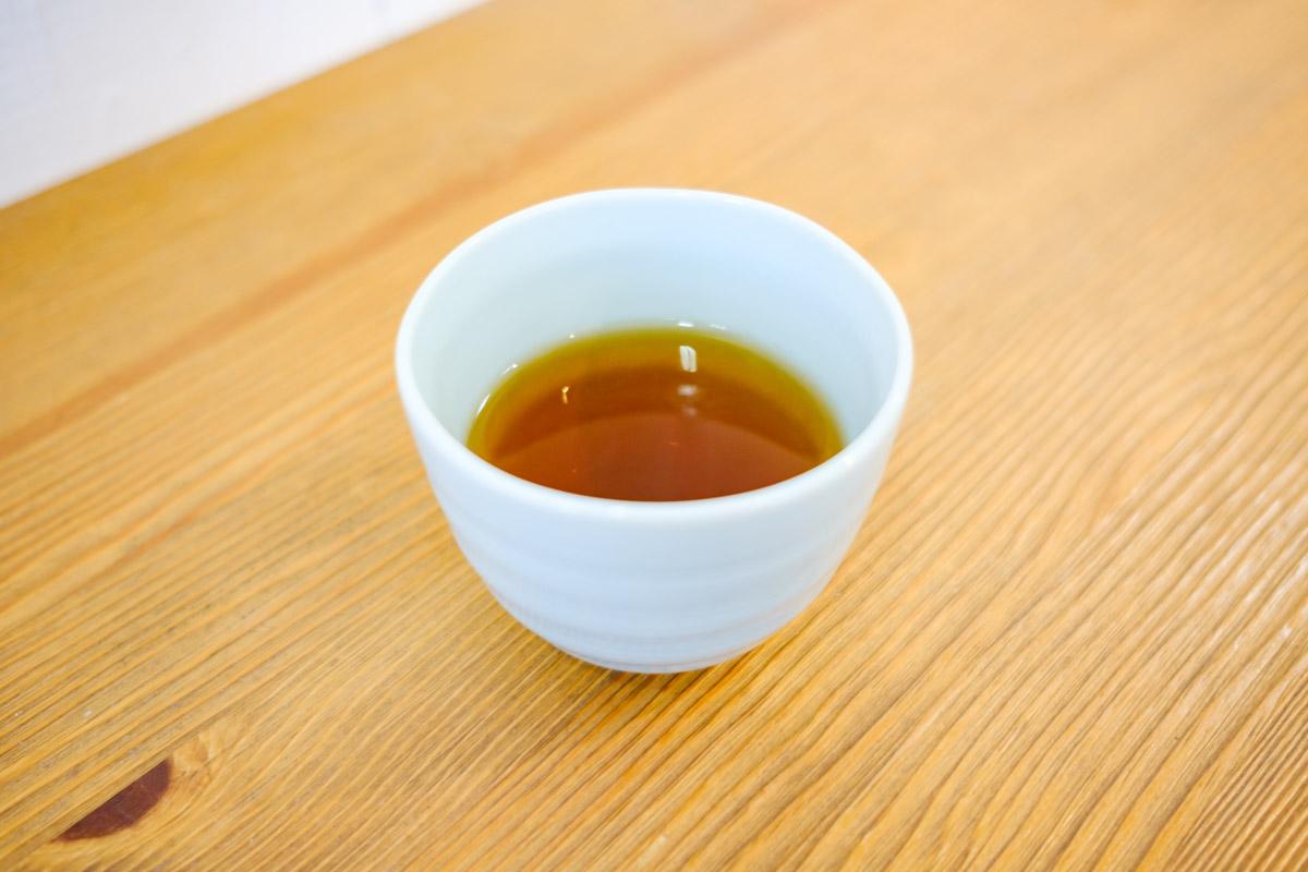 かき氷に欠かせない温かいお茶