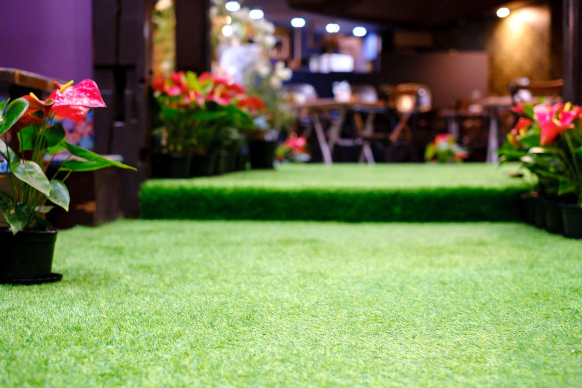 人工芝の床